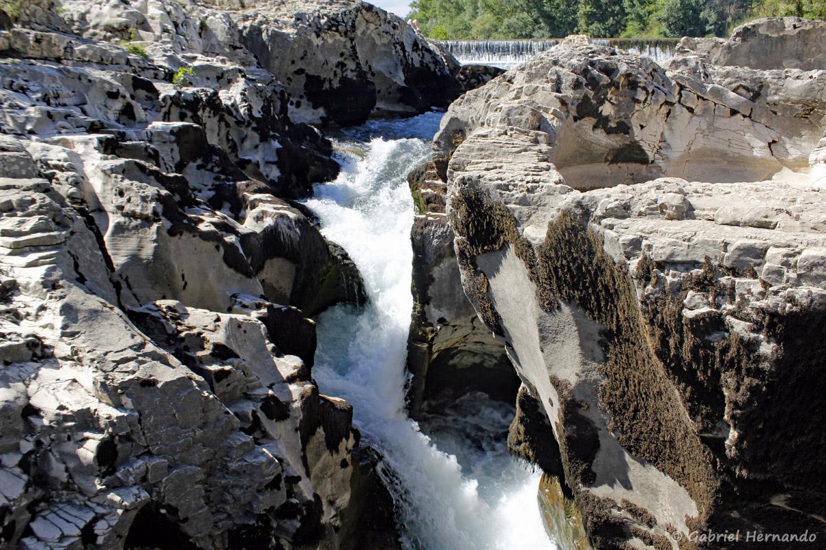 Chute d'eau des cascades du Sautadet