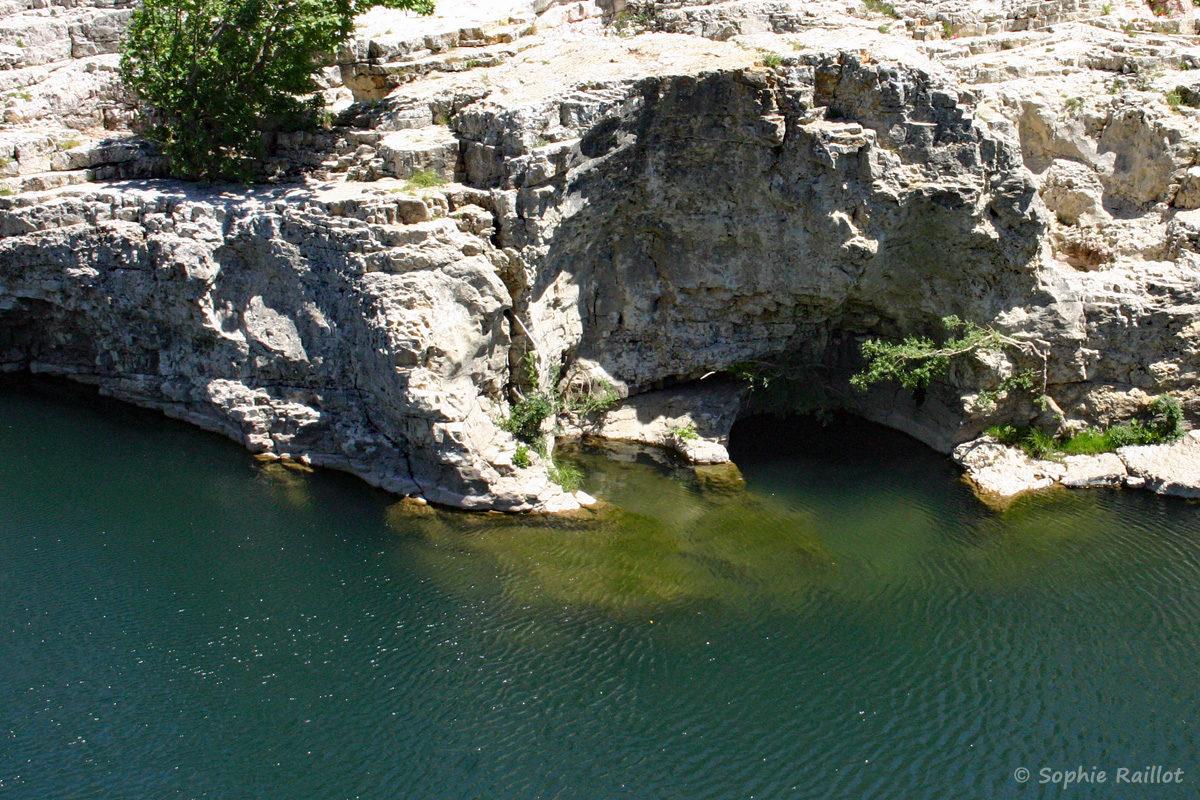 Paroi du canyon en aval des cascades du Sautadet