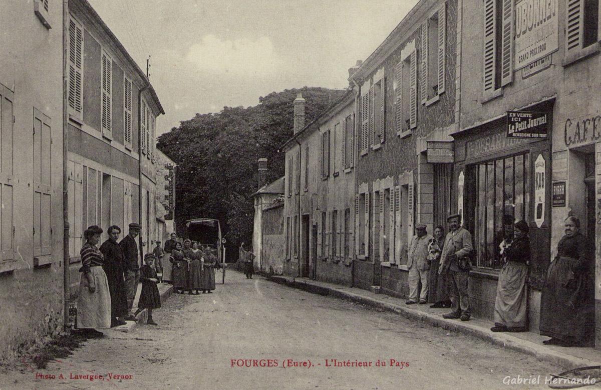 Fourges, 1915 - L'intérieur du Pays