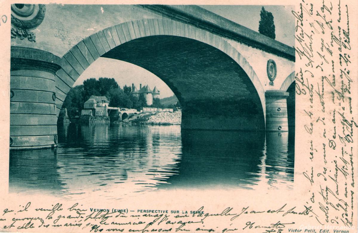 Vernon, 1903 - Perspective sur la Seine (Vieux pont, vieux Moulin et Château des Tourelles)