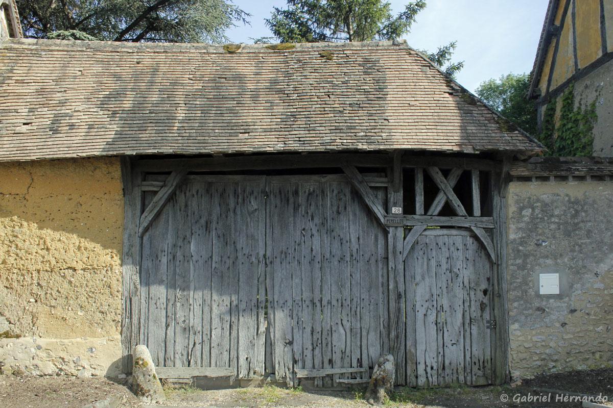 Magnifique porche ancien
