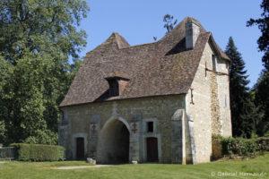L'entrée du château, vue de la basse-cour