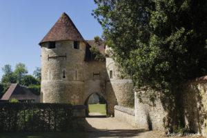 L'entrée du château, donnant sur la basse court