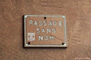 Un passage qui porte bien son nom, à Roussillon en Provence